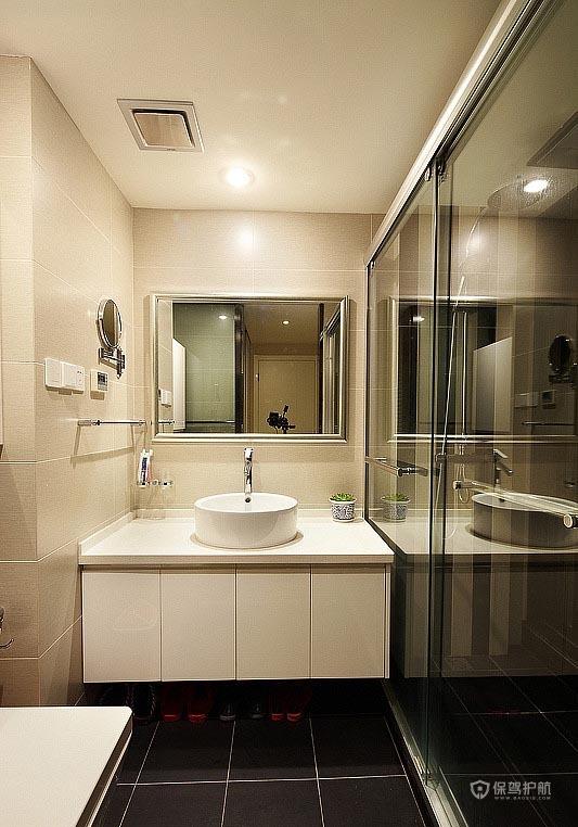 90平简约风格二居室卫生间干湿分离装修效果图