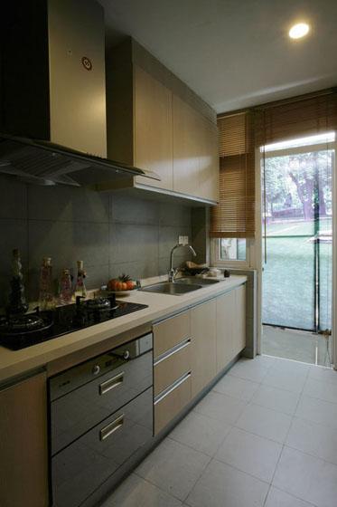 110平现代简约二居室厨房橱柜装修效…