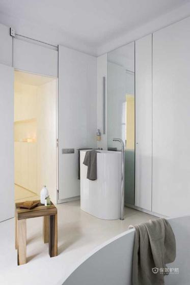 130平西班牙现代混搭公寓卫生间装修小姑偶同