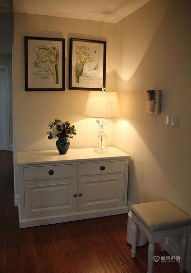 欧式乡村风格三室两厅30平米客厅门厅柜软装效果图