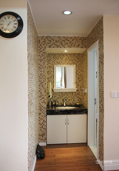 80平美式二居室卫生间干区装修效果图