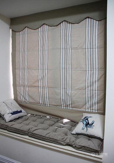 现代风格三室一厅10平米卧室榻榻米装修效果图