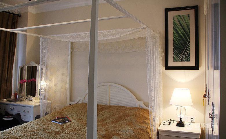 米兰风格四室一厅20平米卧室精美床软装效果图
