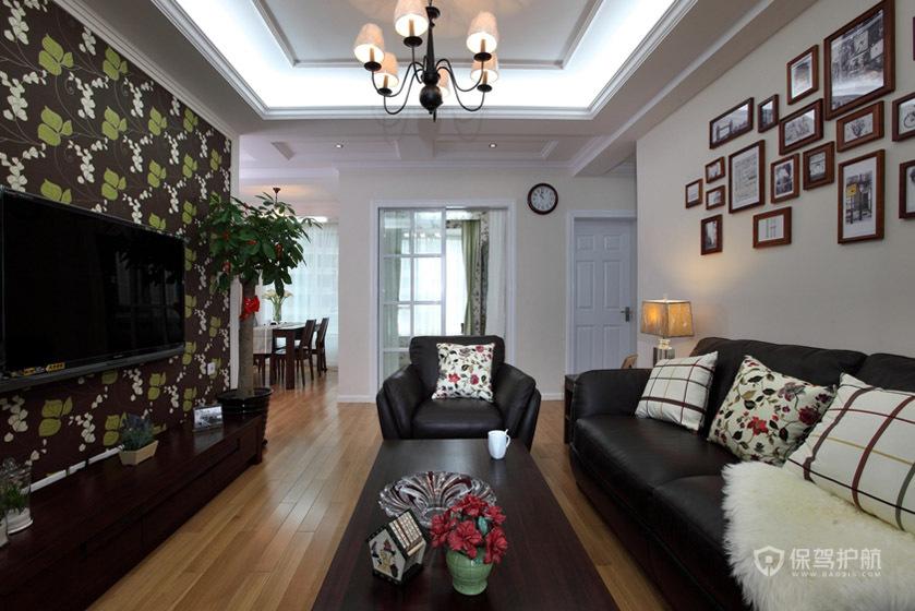 现代美式二居室客厅背景墙装修效果图