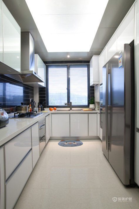 黑白大气厨房