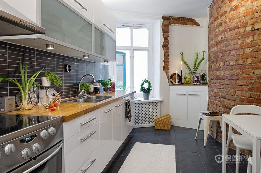 干净简欧风公寓餐厅和厨房装修效果图