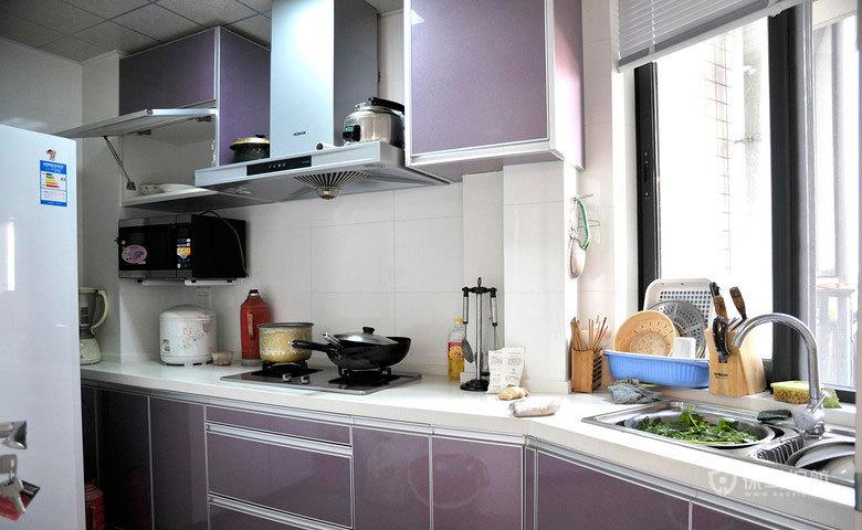 田园风二居室厨房紫色橱柜装修效果图