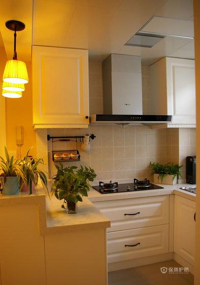 我的开放式厨房,很多小物件都是宜家买的。