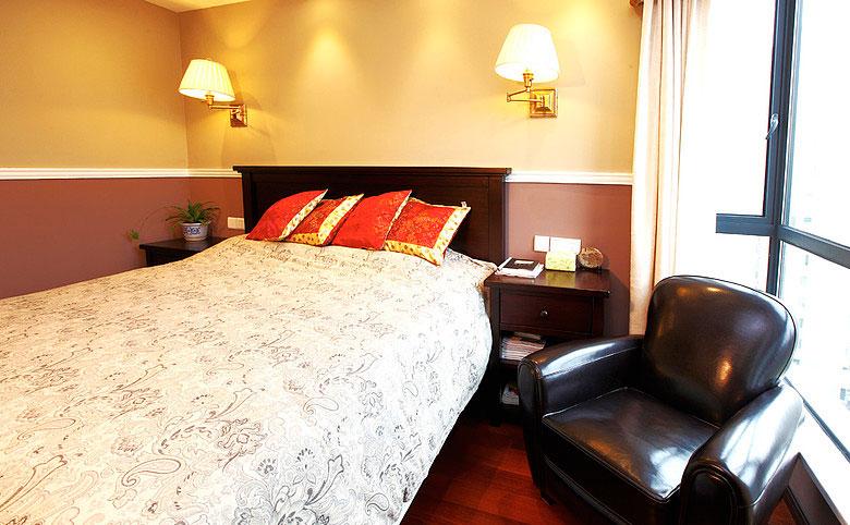 130平美式四居室卧室装修效果图