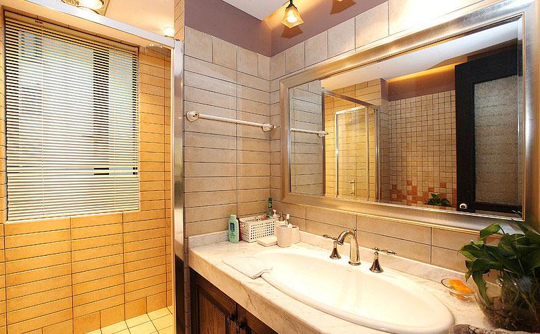 130平美式四居室主卧卫生间装修效果…