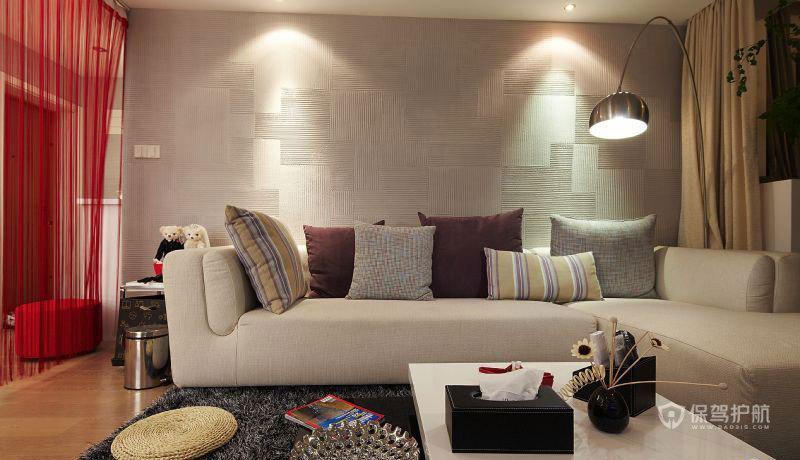 沙发背景是硅藻泥,选用和玄关一致的图案.