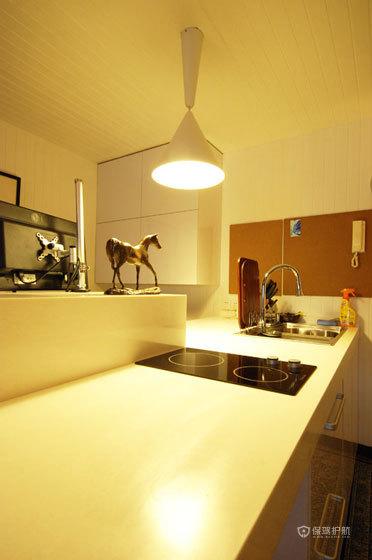 西厨的喇叭灯,清新优雅。