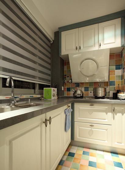 70平混搭风二居室老房厨房装修效果图