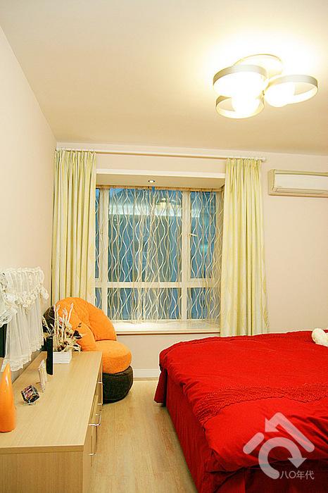 簡約風格一居室30平臥室裝潢效果圖