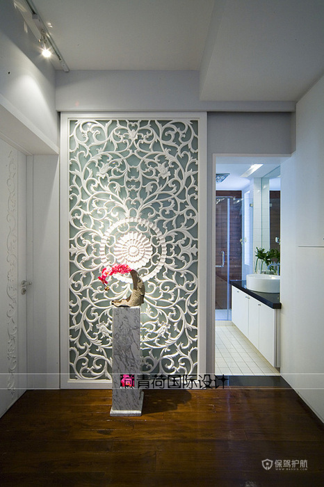 欧式风格三室一厅20平客厅欧式隔断装修效果图