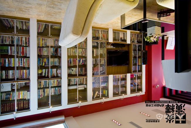 红艳艳的诱惑 时尚ZAKKA风明媚复式家 阿喜,大炎演绎,东南亚风格,混搭风格,宜家风格,简约风格,别墅装修,书柜,红色
