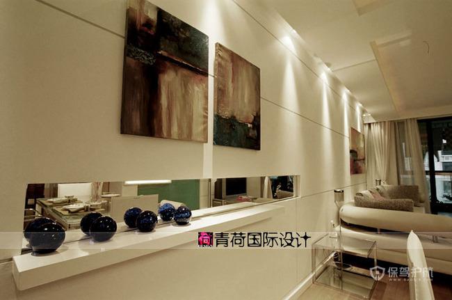 三室一厅白色简约风格客厅装修效果图