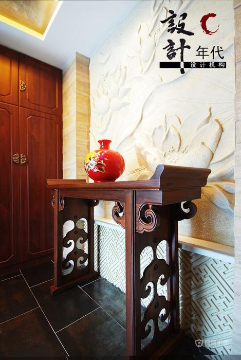 中式风格别墅玄关装饰架效果图