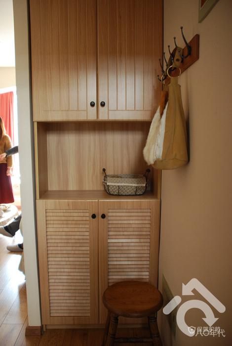 日式森系混搭一居小户型玄关柜装修效果图