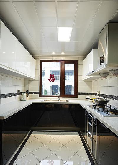 黑白古典风格复式厨房橱柜装修效果图…