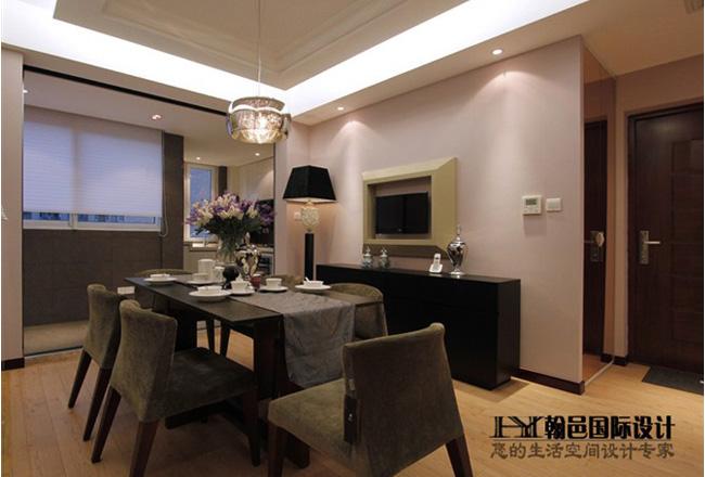 古典风格三室两厅10平米餐厅实木桌椅…