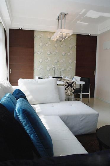 三室两厅简欧风格40平客厅布艺沙发软…