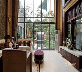东南亚风格客厅落地窗装修图片