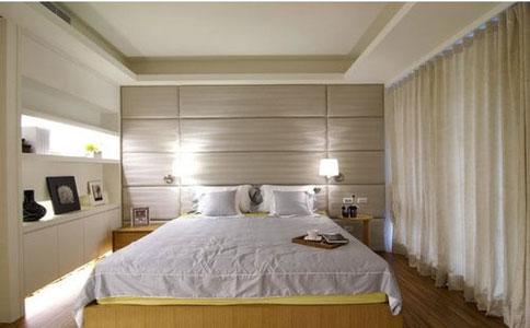 现代简单木工床头造型