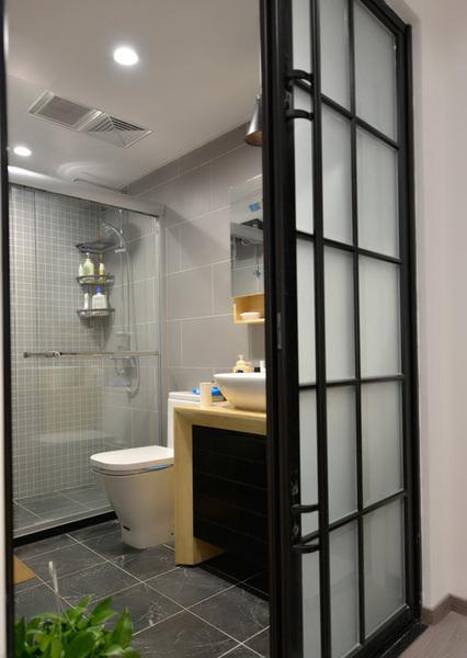 欧式风格小卫生间装修效果图