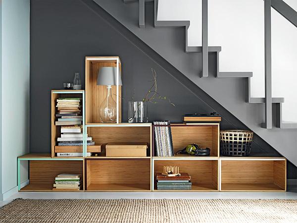 巧用客厅楼梯角空间,打造家居完美收纳_保驾护航装修网