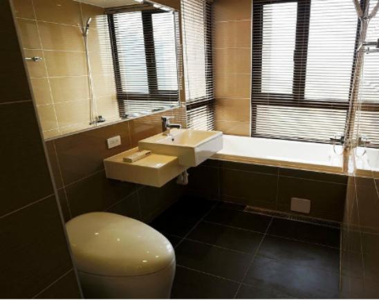 小户型厕所装修效果图及如何装修?