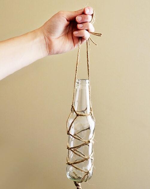 废旧空玻璃瓶搭配上麻绳 变创意装饰品图片