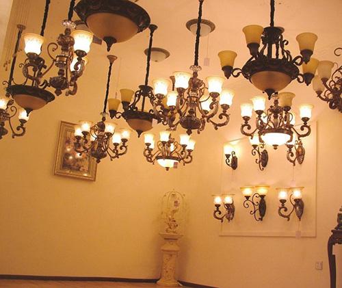 灯具选购有哪些原则和选购技巧