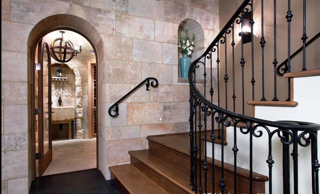 地中海风格楼中楼楼梯装修设计效果图欣赏