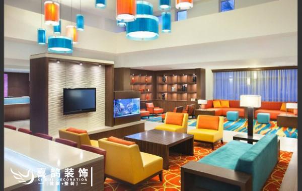 明亮自然 令人心动的24款大客厅设计