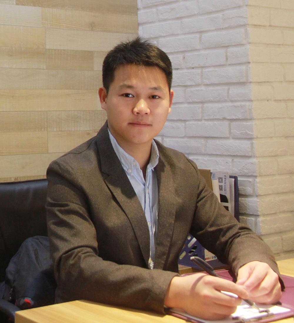 共为您搜索到  59 位设计师  陈榕恒工装设计师 入驻公司:广州市六品