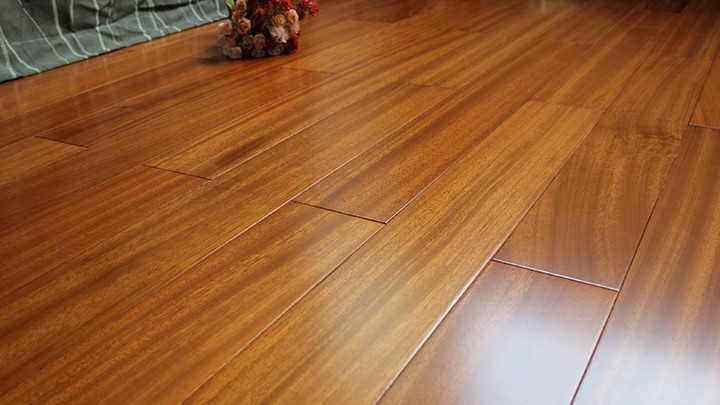 木地板该如何选择防水防潮的