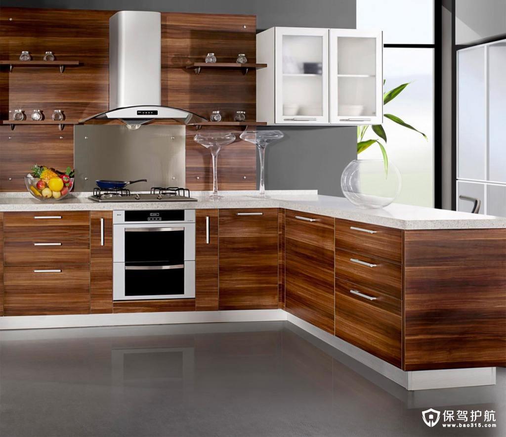怎么布置厨房使得厨房不至于太小