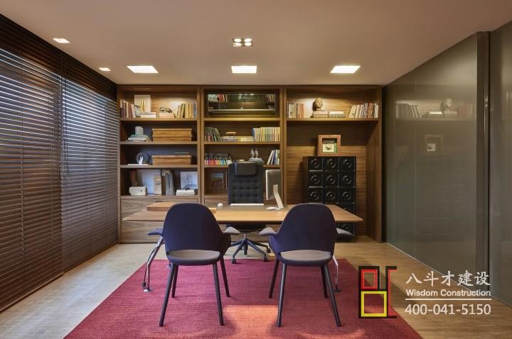 江苏八斗才建设小编告诉您小型公司老总办公室设计风格有哪些