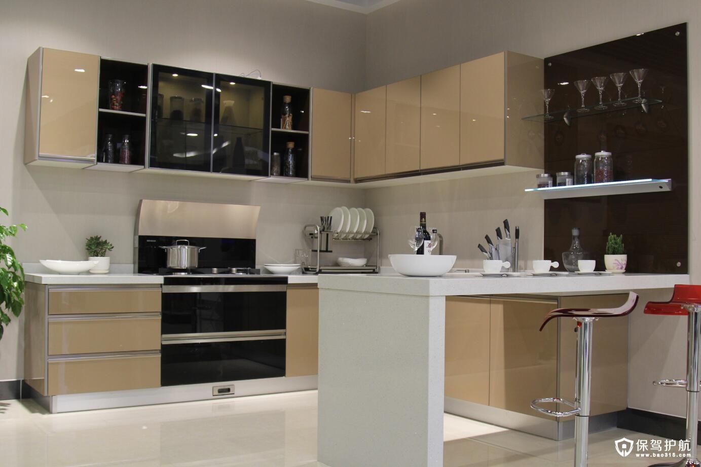 如何清洗开放式厨房