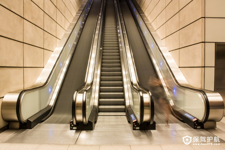 自动扶梯的价格是多少