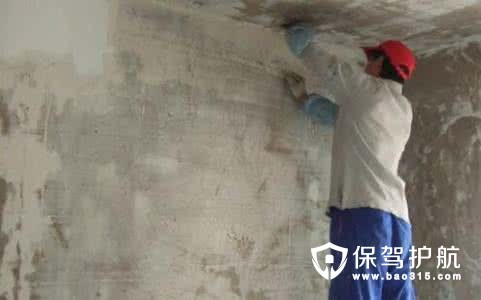 铲墙皮在刷油漆的时候进行还是施工前进行?
