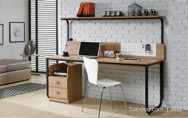 实木办公桌的选择,帮你营造舒适的工作环境