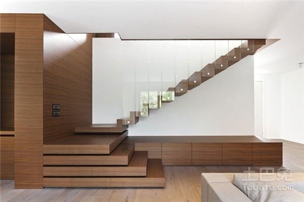 复式楼梯设计尺寸应该怎么定