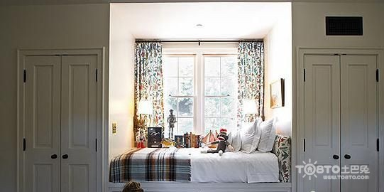 家装飘窗设计 让窗户旁边的空间成为理想小天地图片