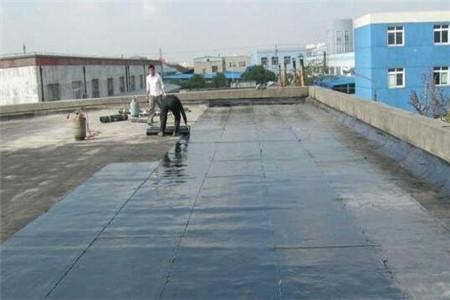 房顶漏雨怎么修?屋顶漏水原因是什么?