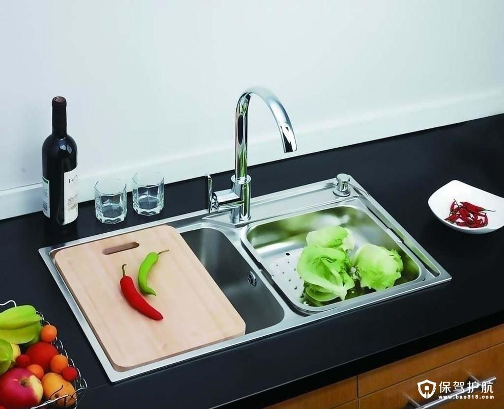 厨房水槽的材质分类