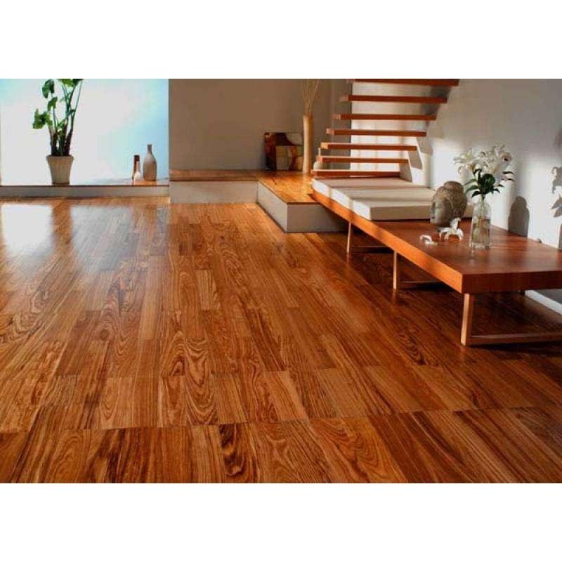 发布时间: 2017-09-15 收藏 19人已浏览 实木地板,用实木直接加工成的地板。它具有木材自然生长的纹理,是热的不良导体,能起到冬暖夏凉的作用,脚感舒适,使用安全的特点,是卧室、客厅、书房等地面装修的理想材料。实木的装饰风格返璞归真,质感自然,在森林覆盖率下降,大力提倡环保的今天,实木地板则更显珍贵。用于实木地板的木材树种要求纹理
