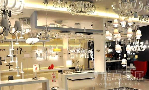 平面店装修设计_保驾护航装修网一楼灯具铺面设计图图片