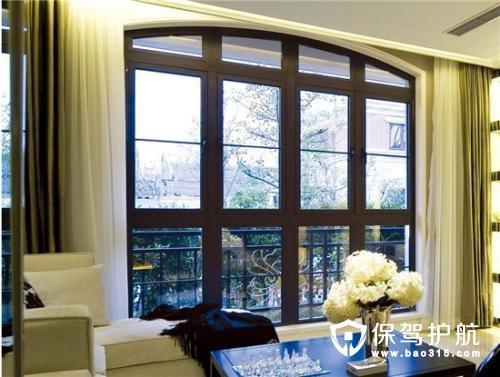 派雅门窗和一米阳光门窗哪个好
